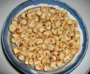 Dabo Kolo (Pequeños bocaditos fritos)